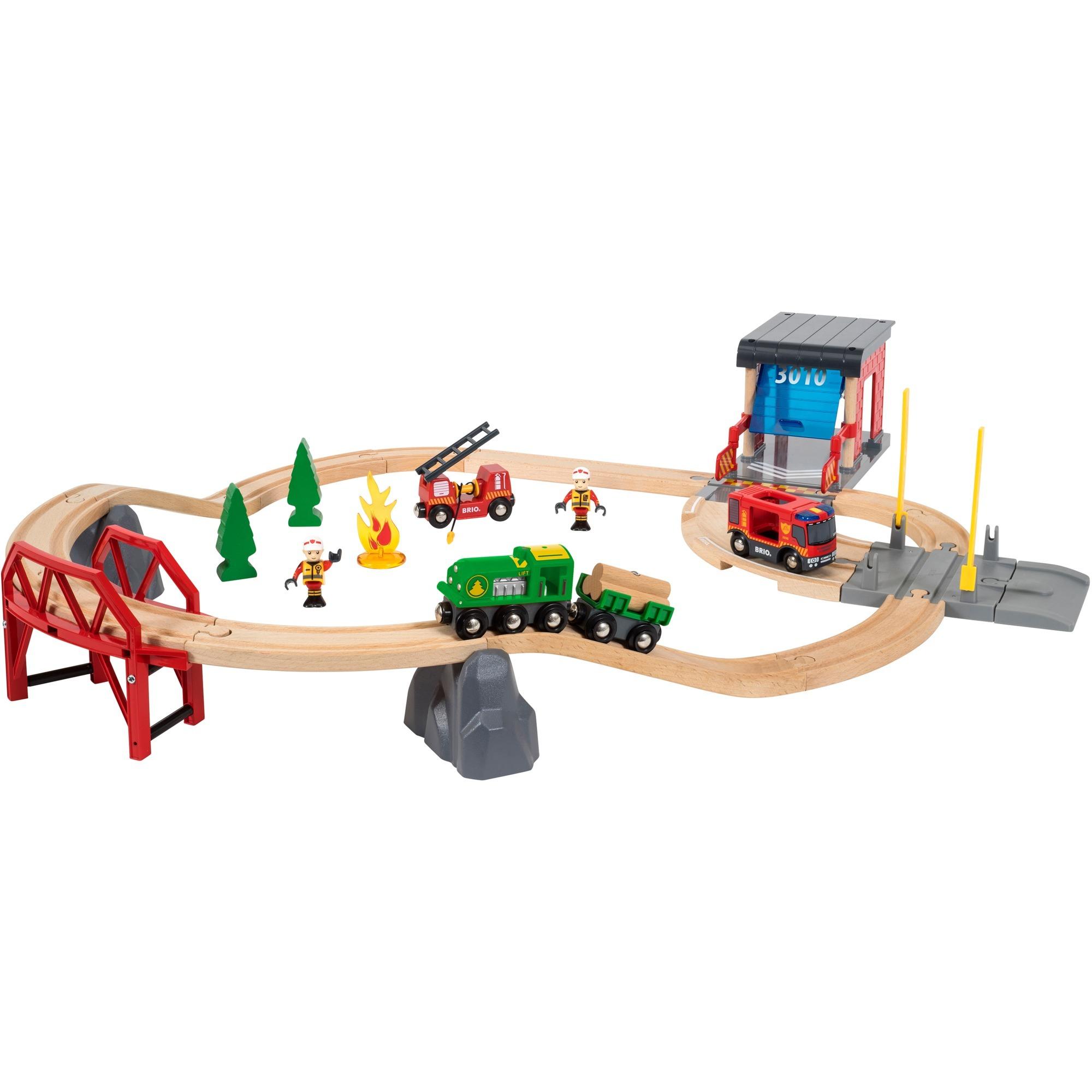Circuit Pompier et Secouriste Deluxe, Train